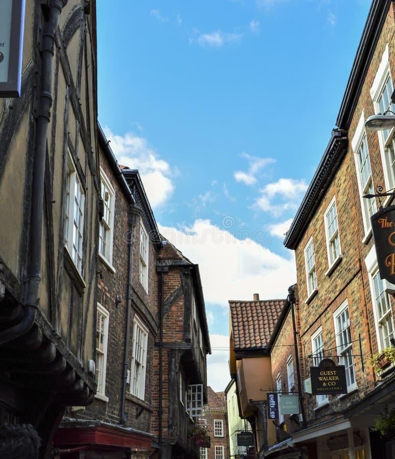 Schuifelt Straat in York, Engeland stock afbeelding