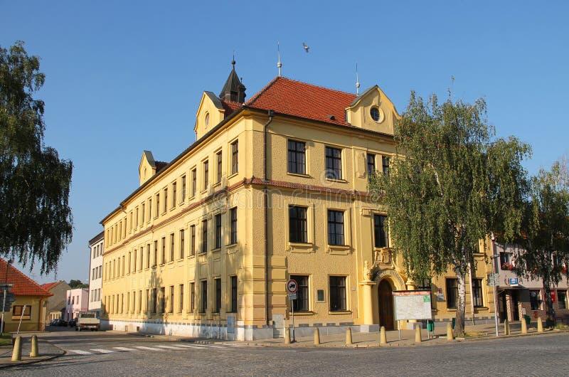 Schule in Veverska Bityska stockfotos