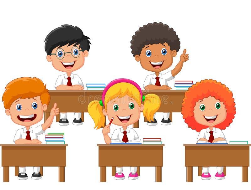 Schulkindkarikatur im Klassenzimmer an der Lektion lizenzfreie abbildung