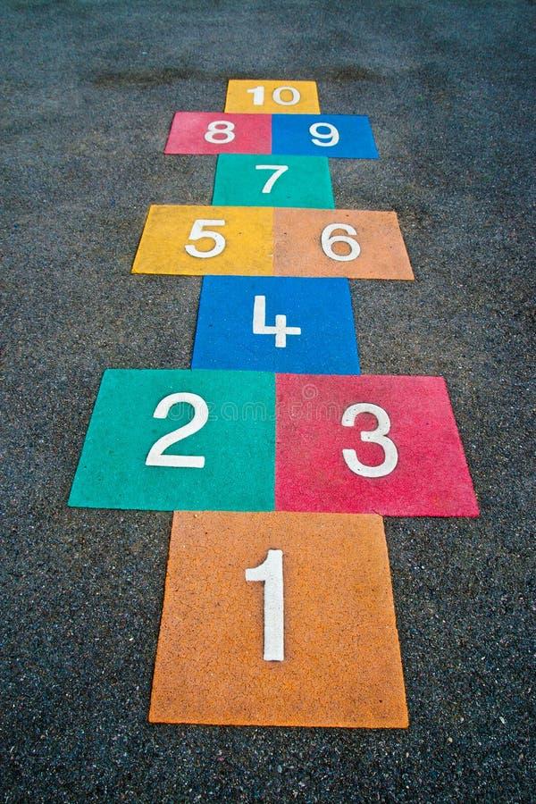 Schulspielplatz-Hopse lizenzfreies stockbild