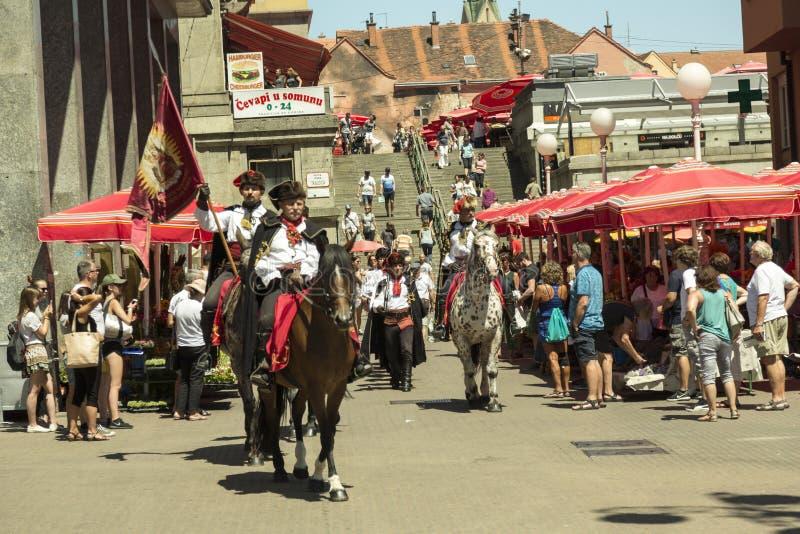 Schutz der Ehre am Hauptplatz in Zagreb, Kroatien stockbilder