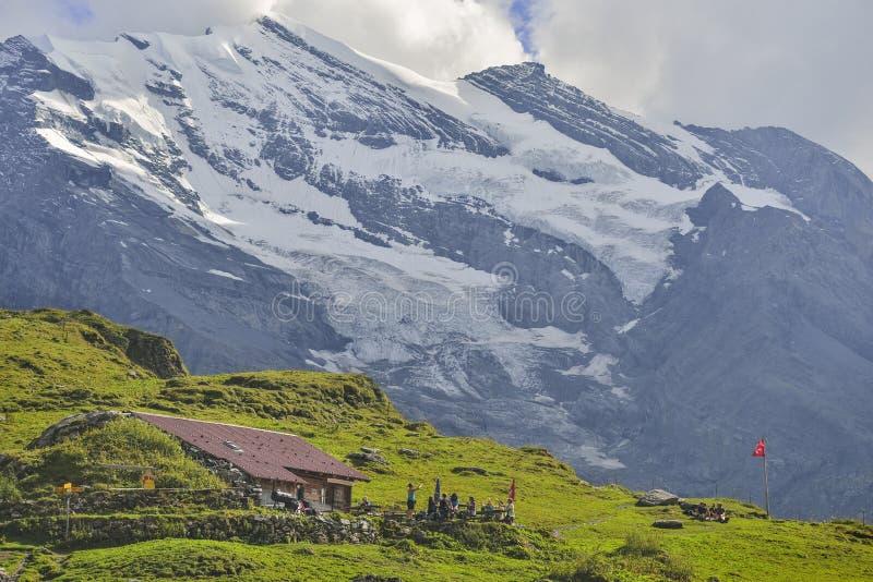 Schutz von Oeschinensee, Kandersteg Berner Oberland switzerland stockbilder