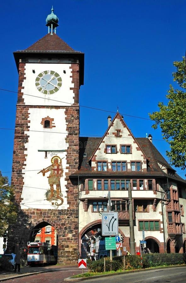 Schwäbisches Tor Schwabentor, Obertor - historisches Stadttor von Freiburg im Breisgau, Deutschland stockfoto
