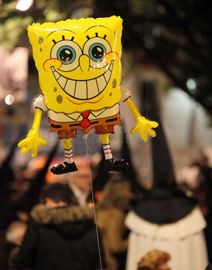 Schwammbob bei der Osterparade in Malaga stockfotos
