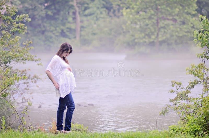 Schwangere Frau stockbild
