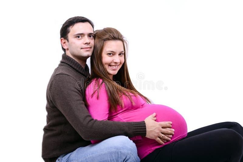 Schwangere Paare der Junge stockfoto