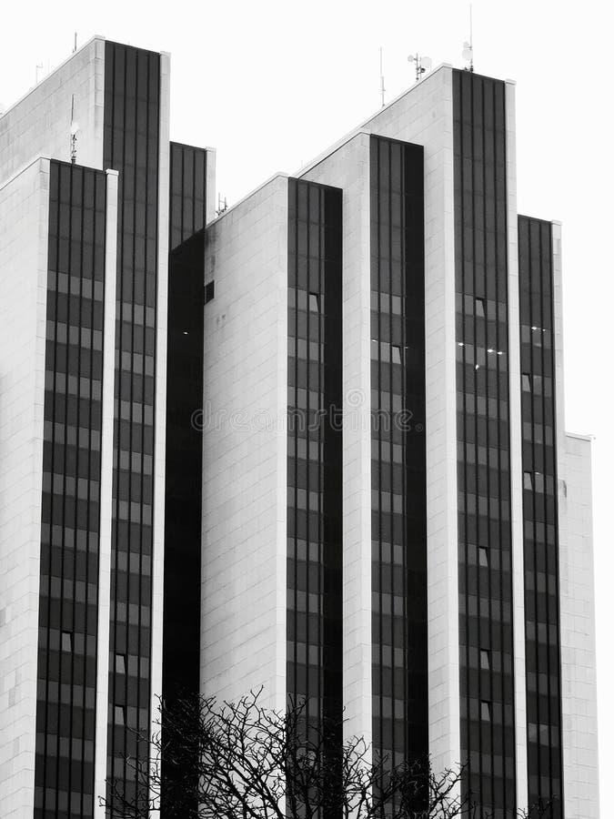 Schwarz-Weiß, Strukturen und Formen, die moderne Architektur lizenzfreies stockfoto