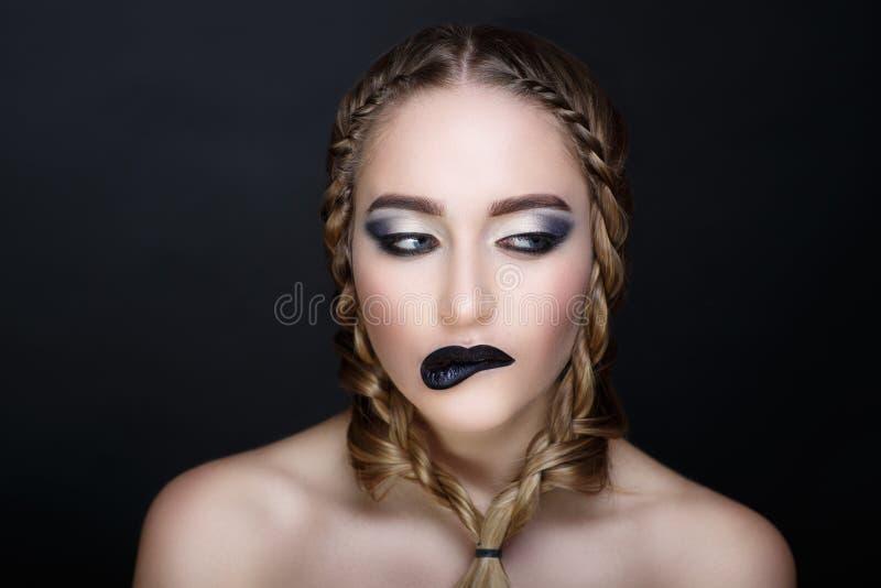 Schwarze Lippen der Frau lizenzfreie stockfotos