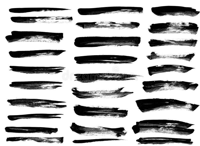 Schwarze Tintenschmutz-Bürstensatzanschläge auf weißem Hintergrund lizenzfreies stockbild