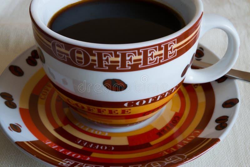 Schwarzer Kaffee des Morgens stockbild