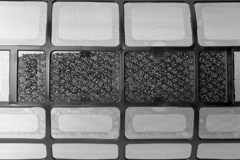 schwarzer Klimaanlagefilter stockfotografie