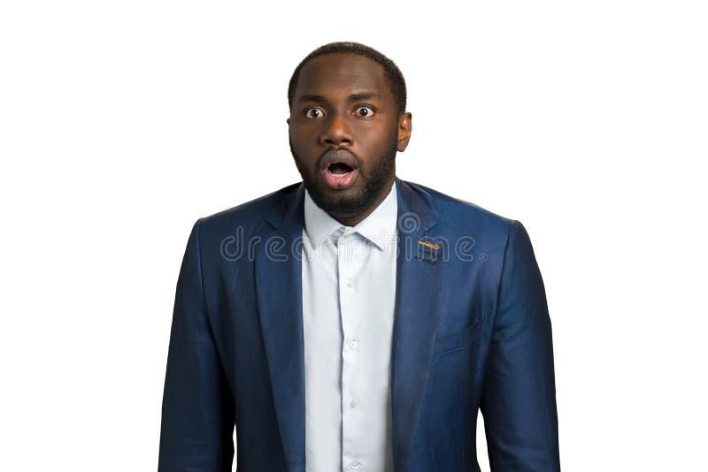 Schwarzer Mann mit Erstaunen lizenzfreies stockfoto
