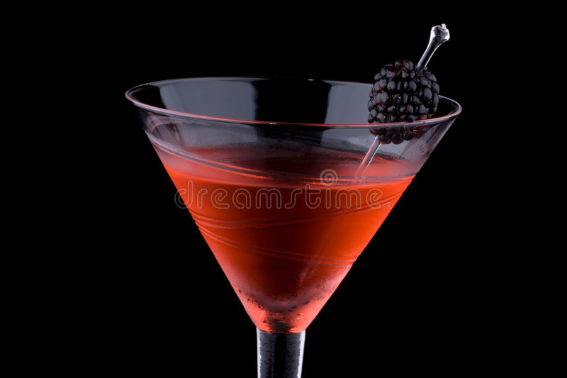 Schwarzer Martini - die meiste populäre Cocktailserie stockfotografie