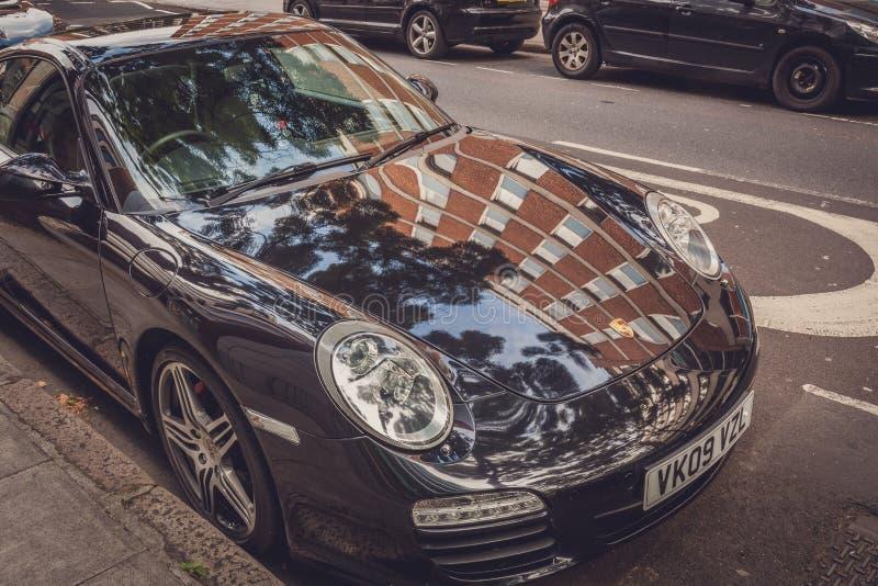 Schwarzer Porsche lizenzfreie stockfotos