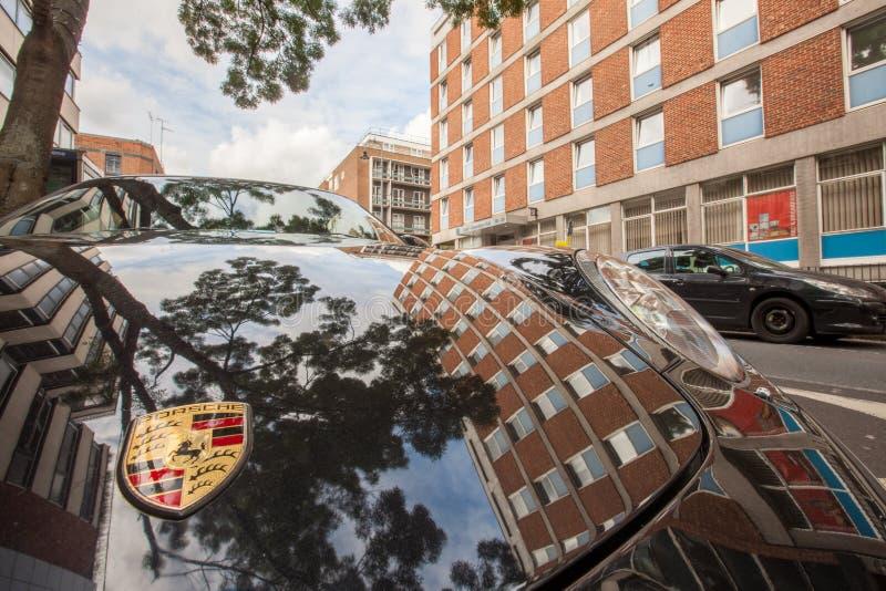 Schwarzer Porsche lizenzfreies stockbild