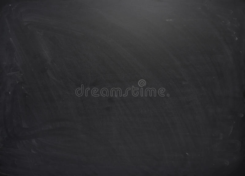 Schwarzes Brett mit den Spuren der Kreide lizenzfreie stockbilder