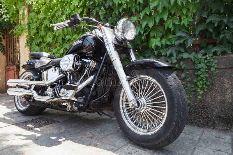 Schwarzes Harley Davidson-Motorrad mit Chrom lizenzfreie stockbilder