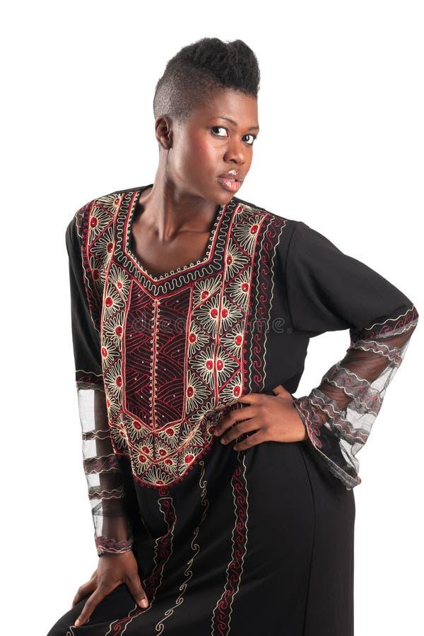 Schwarzes Mädchen im traditionellen Kleid stockbilder