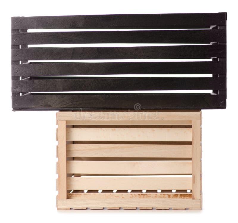 Schwarzes mit zwei Holzkisten stockfoto