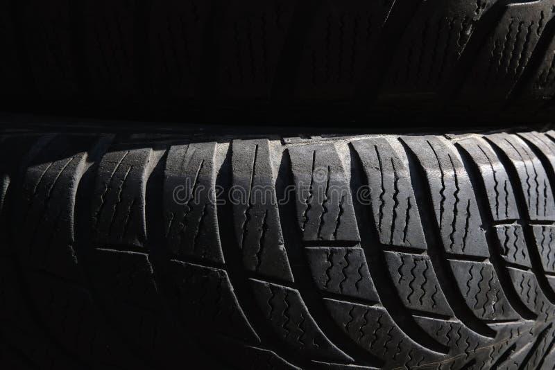 Schwarzes Reifenhintergrundbild Schwarze Beschaffenheit, Hintergrund stockbild