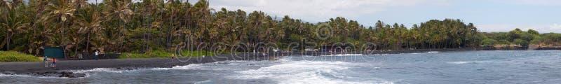 Schwarzes Sand-Strandpanorama lizenzfreies stockfoto