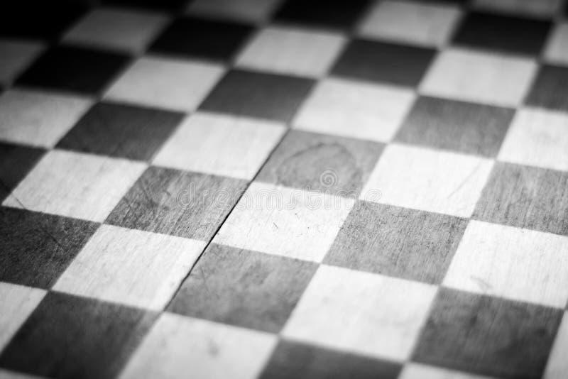 Schwarzes u. weißes Schachbrett stockbild