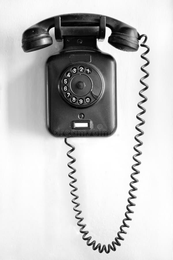 Schwarzes Wandtelefon der Weinlese stockfoto