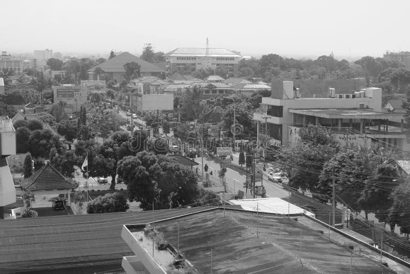 Schwarzweiss-Ansicht von Yogyakarta stockbild