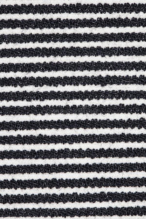 Schwarzweiss-Linien auf Gewebe lizenzfreie stockfotos