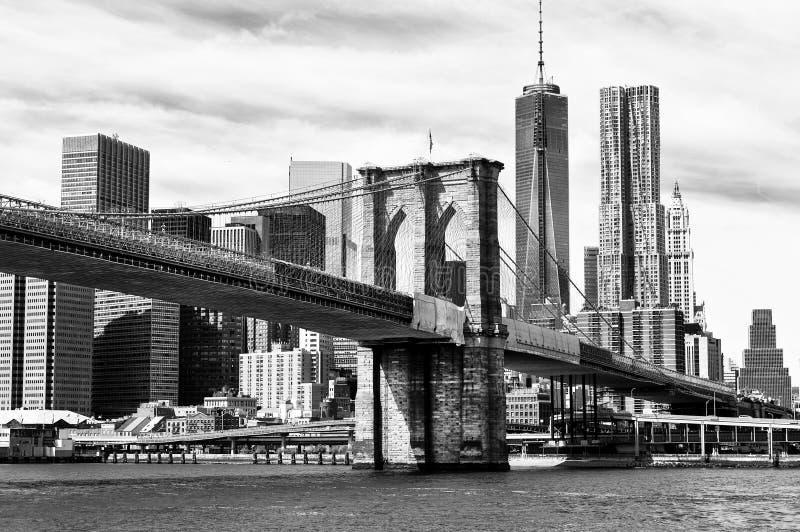 Schwarzweiss-New- Yorkskyline stockfoto