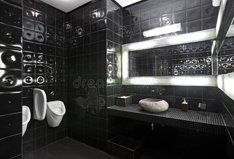 Schwarzweiss-Restroom lizenzfreie stockfotos