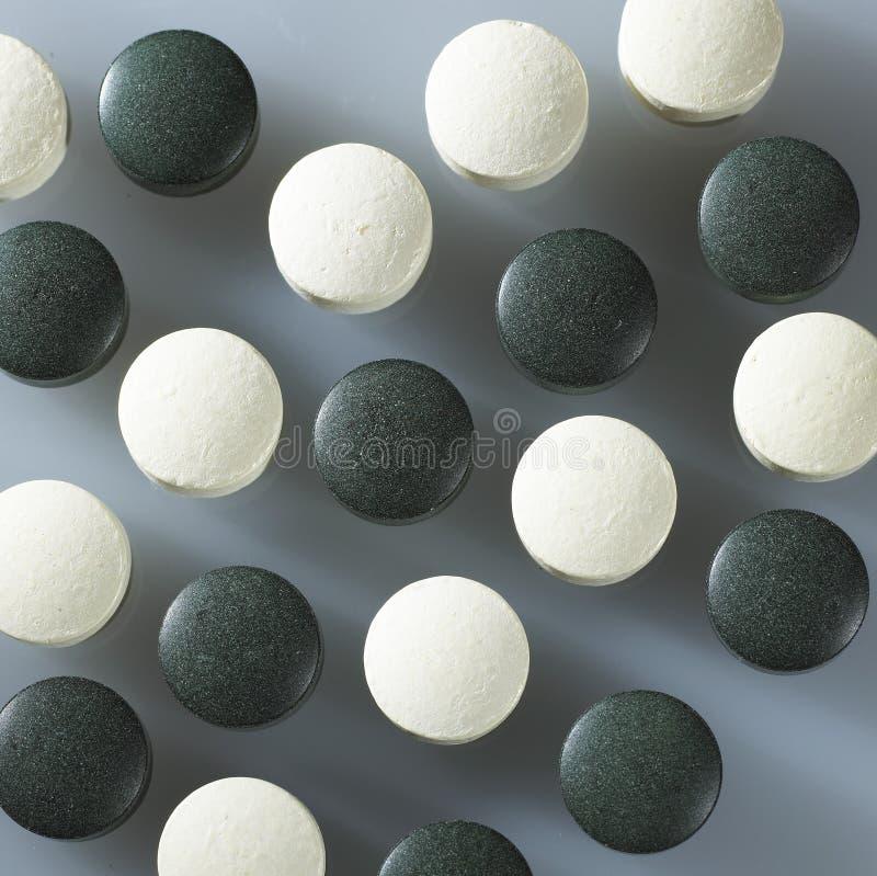 Schwarzweiss-Tabletten lizenzfreie stockbilder