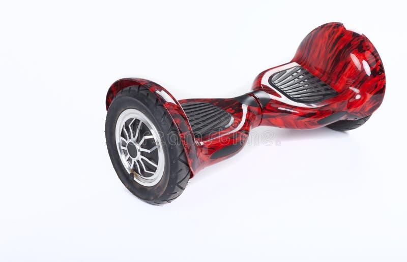 Schwebeflug-Brett, Abschluss oben des Zwillingsrads, selbstabgleichendes, elektrisches Skateboard auf weißem Hintergrund Umweltfr lizenzfreies stockfoto