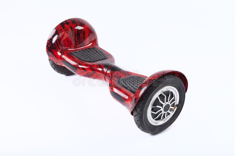 Schwebeflug-Brett, Abschluss oben des Zwillingsrads, selbstabgleichendes, elektrisches Skateboard auf weißem Hintergrund Umweltfr lizenzfreies stockbild