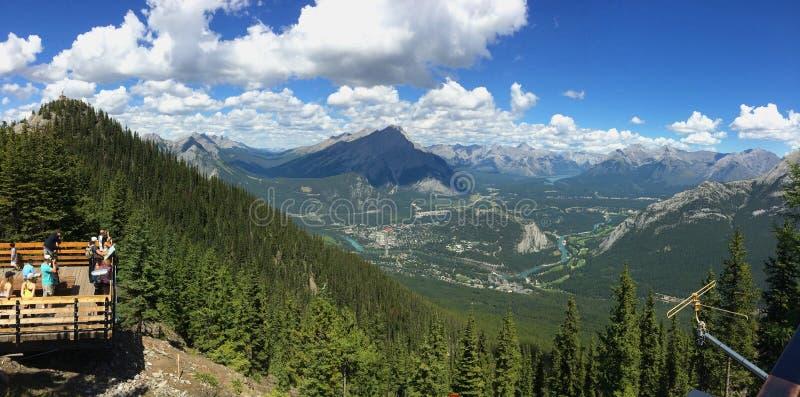 Schwefel-Berg in Nationalpark Banffs in kanadischen Rocky Mountains lizenzfreies stockfoto