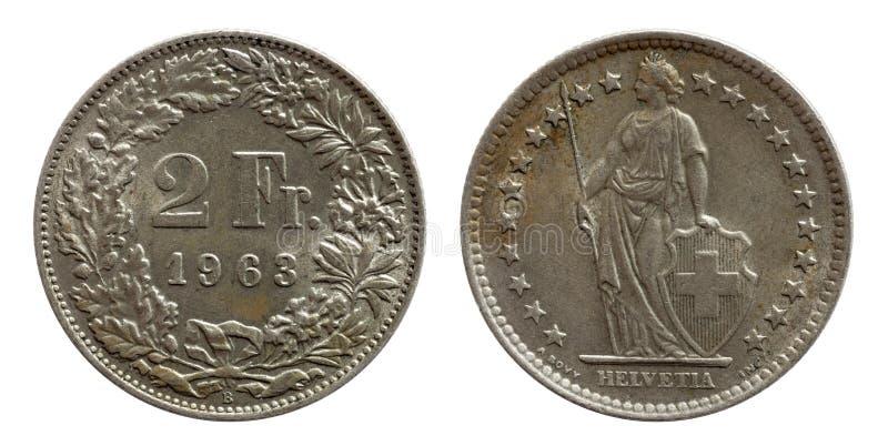 Schweiz schweiziskt mynt 2 två silver för franc som 1963 isoleras på vit bakgrund royaltyfri bild