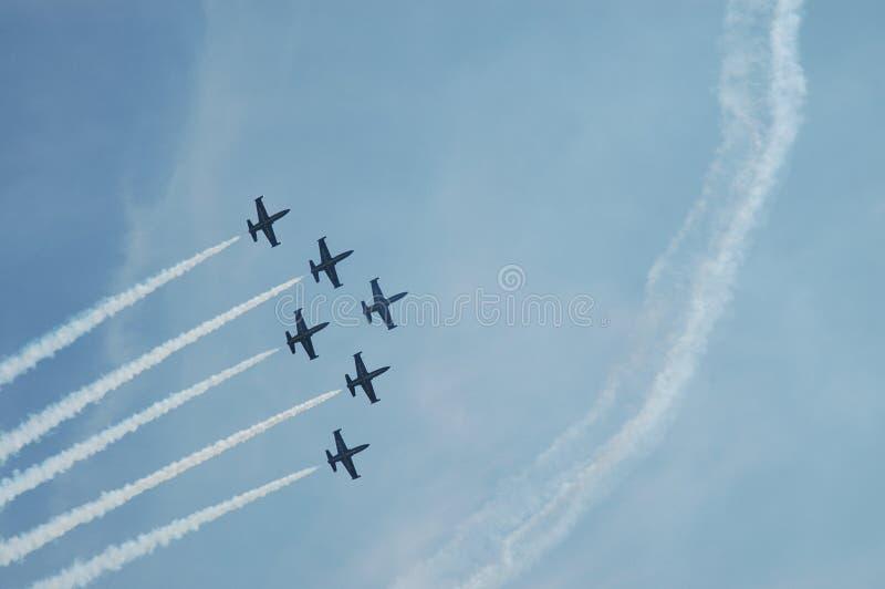 schweizare för airshow de militär patrouillesuisse fotografering för bildbyråer