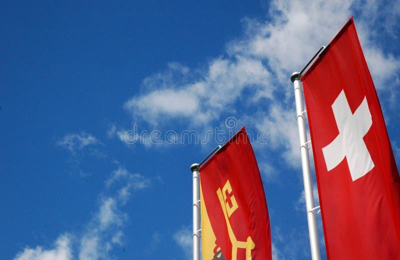 Schweizare- och Genèvekantonen sjunker i solig himmel arkivfoto