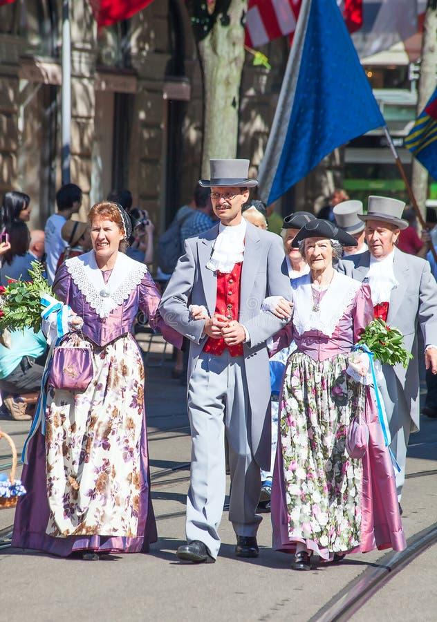 Schweizerbürger-Tagesparade in Zürich stockbilder