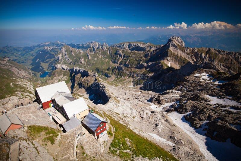 Schweizisk alpessikt från det Säntis maximumet fotografering för bildbyråer