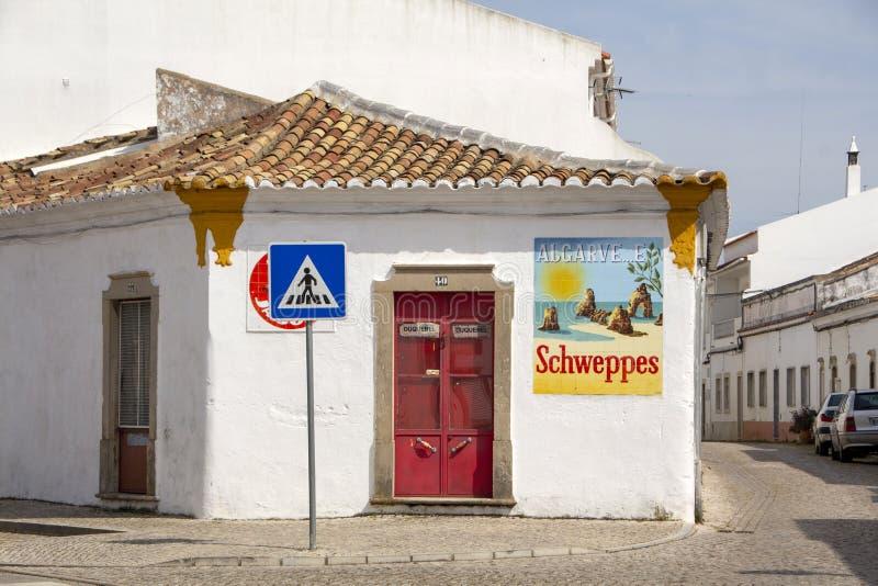 Schweppes annonsering och Algarve royaltyfri foto