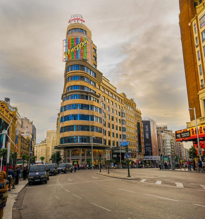 Schweppes byggnad i Madrid Spanien arkivfoton