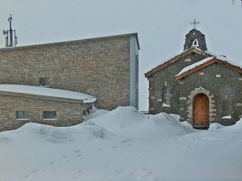 Schwere Schneefälle lizenzfreies stockbild