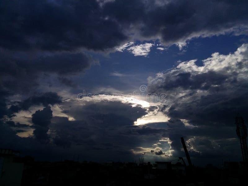 Schwere Wolken stockfotos