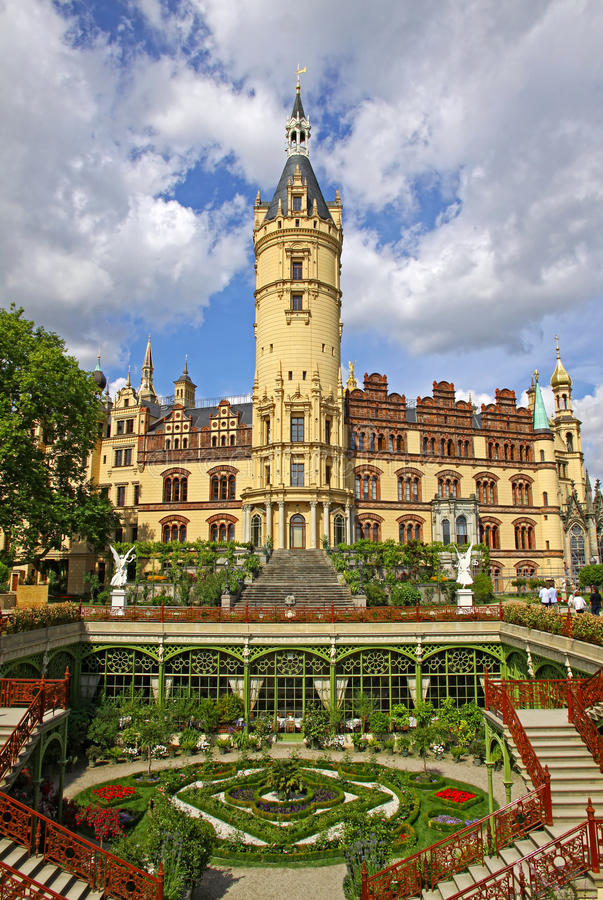 Download Schwerin Castle, Germany stock photo. Image of destination - 36592682