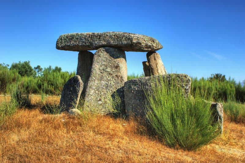 Schwertwal-EM Gouveia Dolmen Pedra DA stockbild