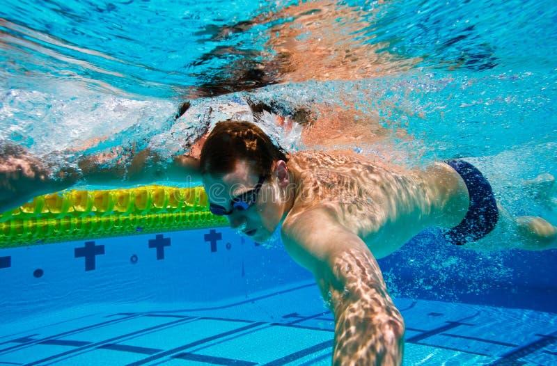 Schwimmer Unterwasser stockfoto