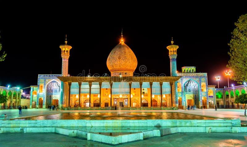 Scià Cheragh, un monumento funerario e moschea Shiraz - nell'Iran immagine stock libera da diritti