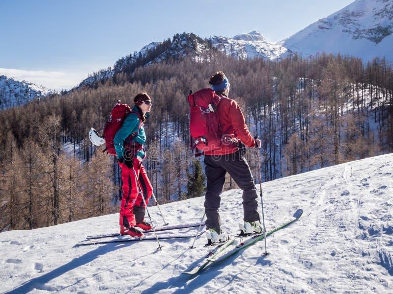 Sci che visita attività di inverno fotografia stock