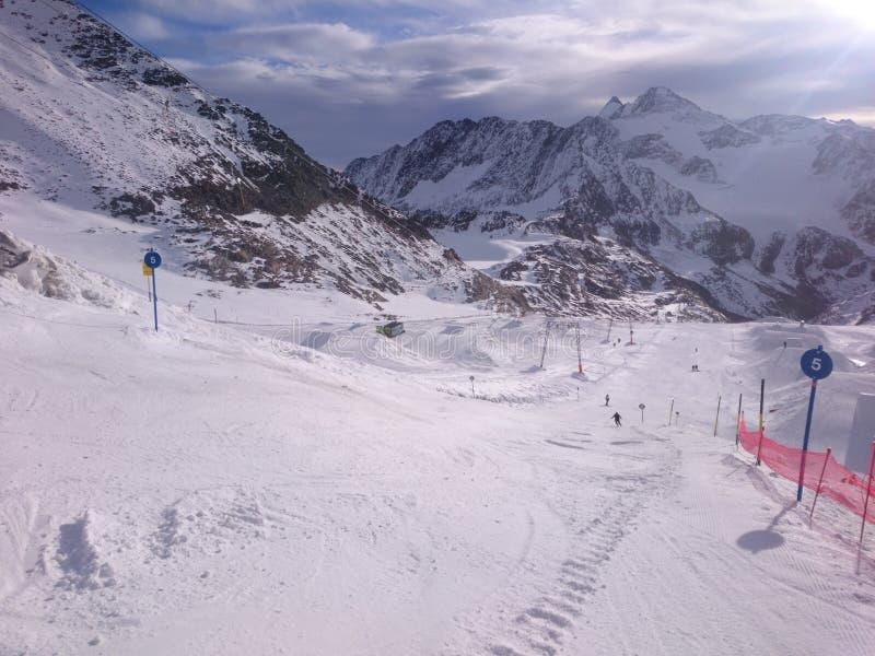 Sciando in Austria fotografie stock